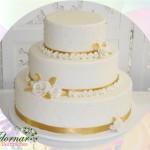 Locação de Bolo Cenográfico Casamento Noivado Dourado e Branco