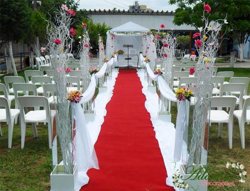 aluguel decoração corredor de cerimônia casamento ao ar livre