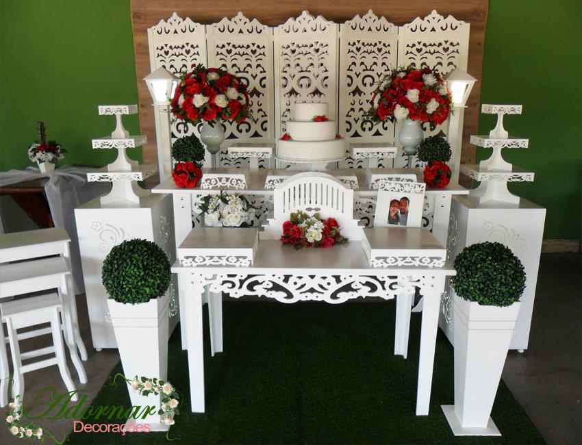 Aluguel Decoração Casamento Vermelho e Branco Com Biombo