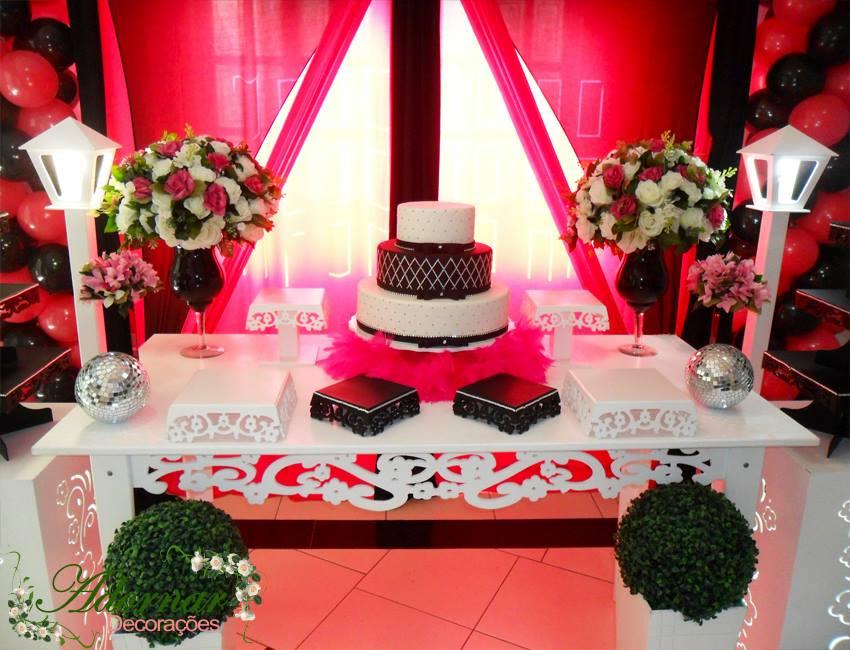 Aluguel Decoração Para Festa de 15 Anos Rosa Pink e Preto