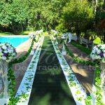 Aluguel Decoração Corredor de Cerimônia Lilás Roxo e Branco