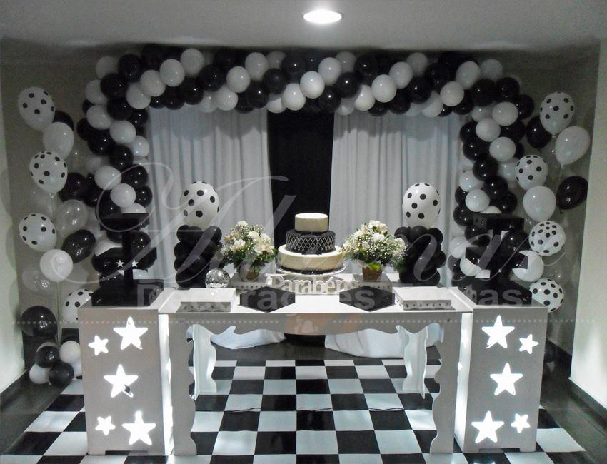 Aluguel Decoração Aniversário Adulto Preto e Branco